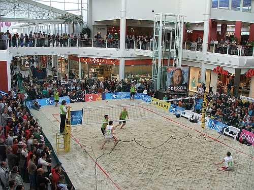 Finále halového MR mužů 2006 jež se uskutečnilo v brněnském Olympia centru a v němž se utkali Martin Tichý a Jindřich Weiss proti Petru Chromému s Martinem Klapalem.